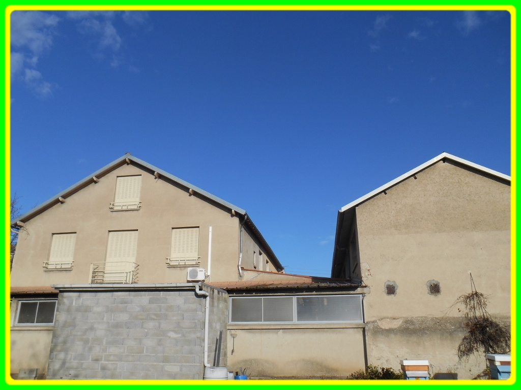 Annonce vente immeuble montlu on 03100 165 m 162 000 for Location garage montlucon