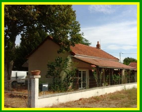 Annonce vente maison doyet 03170 45 m 37 500 for Achat maison sausset les pins